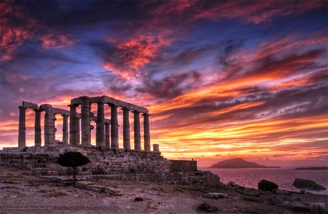 day tours from Ahens sunset tour to sounion temple of posidon -private taxi tour to cape sounion